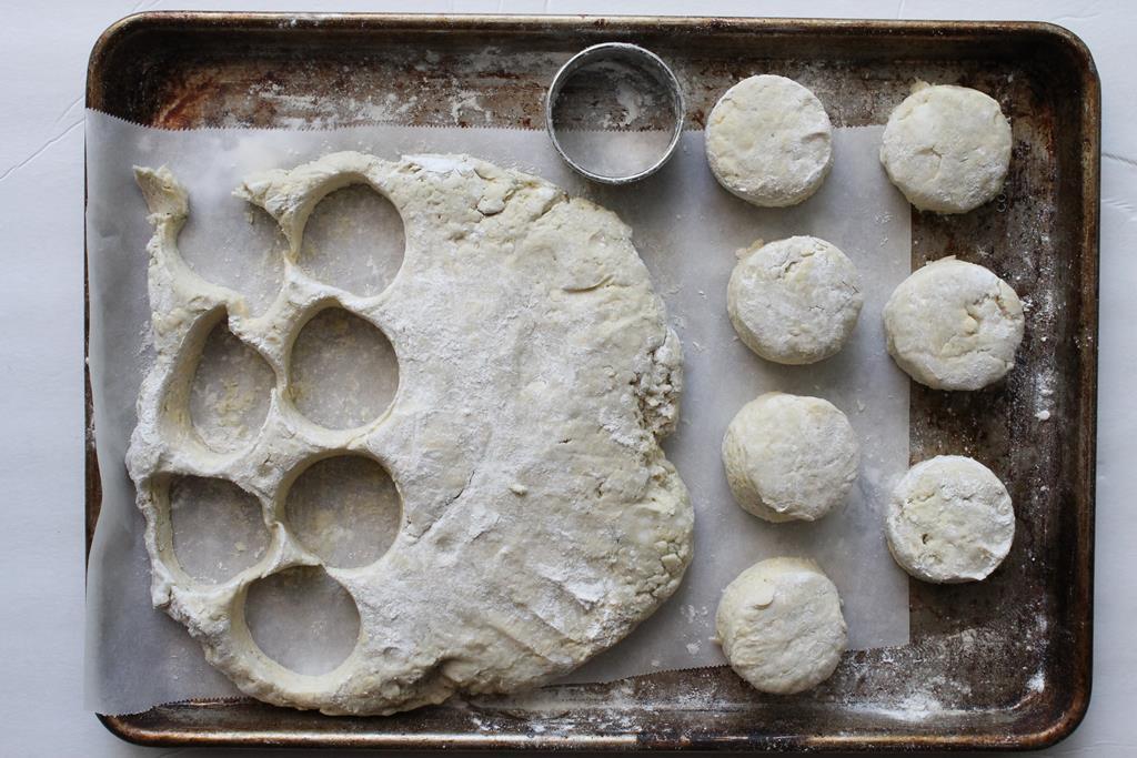 buttermilk-biscuits-prep3