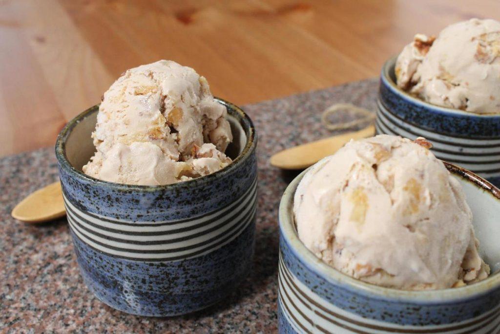 maple-walnut-ice-cream2