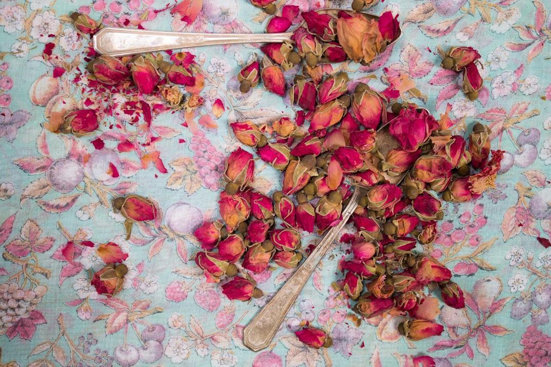 rose-tea6-LR-red
