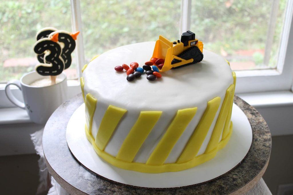 yellow-stripe-cake3
