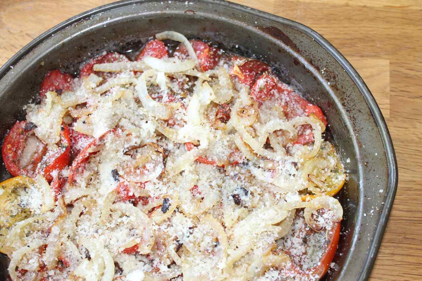 tomato tatin recipe :: story of a kitchen | story of a kitchen