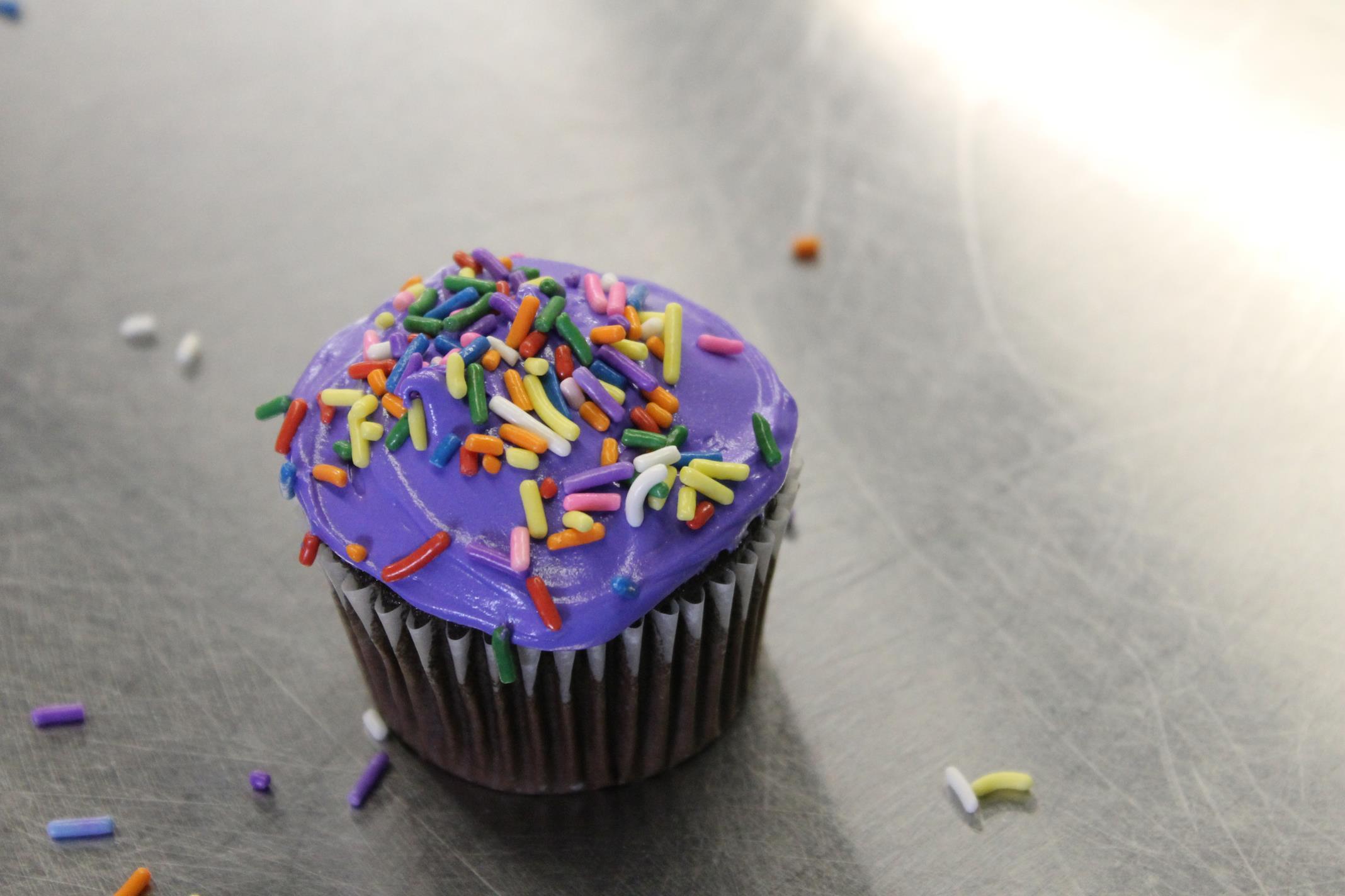 birthday-peach-purple
